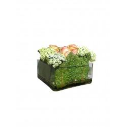 Композиция с розами в стеклянной квадратной вазе VG (Италия)